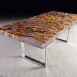 Этот стол спроектирован