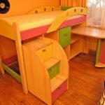 Кровать чердак Александра со ступеньками-ящиками