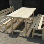 Обычный стол для дачи
