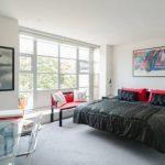 Плавающие кровати в дизайне спальни