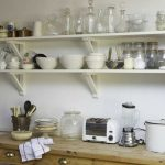 Полки для кухни из дерева или ДСП
