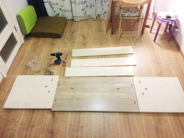 Сборка маленького стола