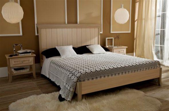 Следует продумать и удачное расположение кровати в спальне относительно двери