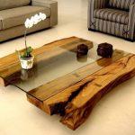 деревянный стол со стеклом
