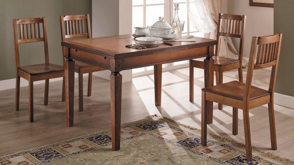 деревянный стол фото