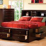 двуспальная кровать высокая с ящиками