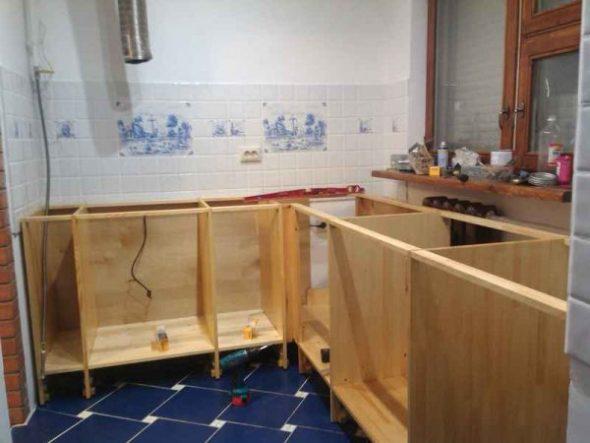 Кухонный гарнитур из мебельных щитов своими руками 35