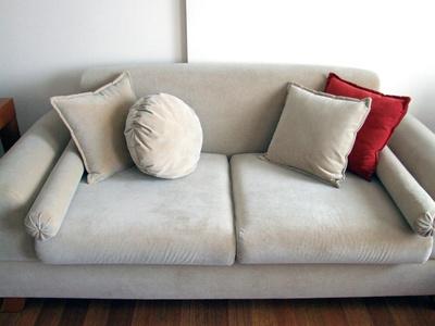 почистить обивку мягкой мебели