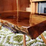деревянный стол лакированный
