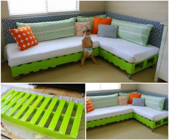Салатновый и оранжевый диван для ваших гостей