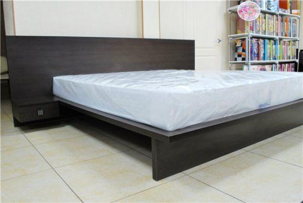 Кровать из дсп темного цвета