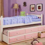 Кровать с ящиками для хранения игрушек и вещей