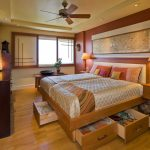 Кровати с ящиками для хранения - практичный выбор для спальни