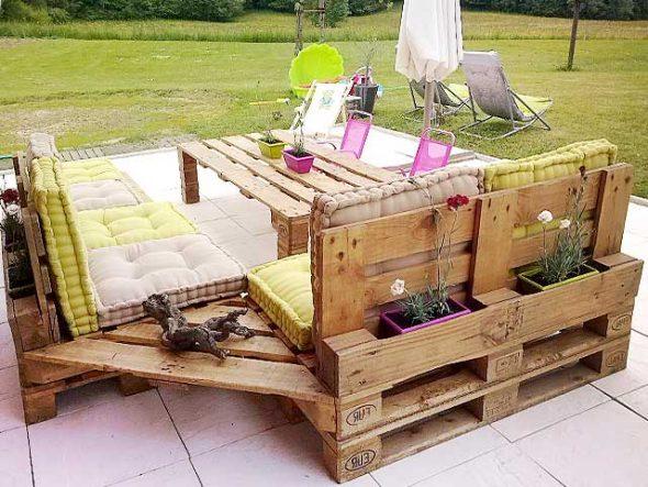 Мебельный гарнитур из поддонов своими руками
