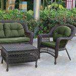 Плетеная мебель для дачи в дизайне