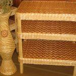 Плетеная напольная этажерка