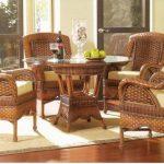 Плетение мебели из искусственного ротангу