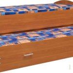Выкатная кровать из ДСП