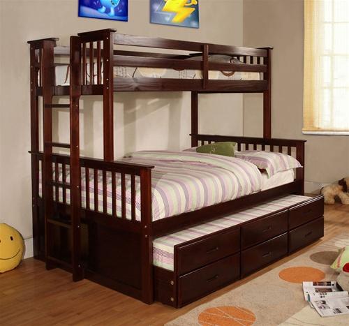 ассортимент двухъярусных кроватей из дерева