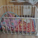 Безопасный манеж для игр малыша