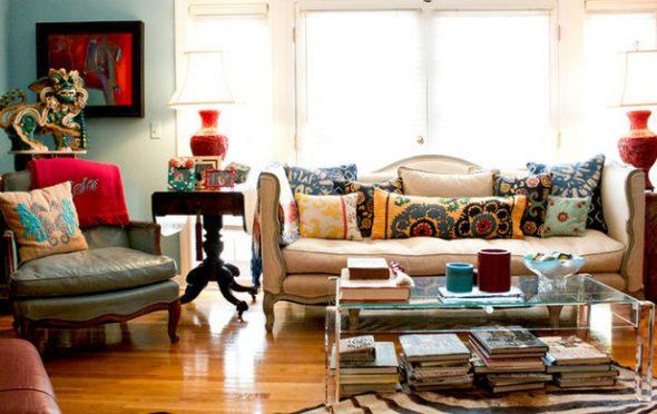 Диванные подушки для гостиной