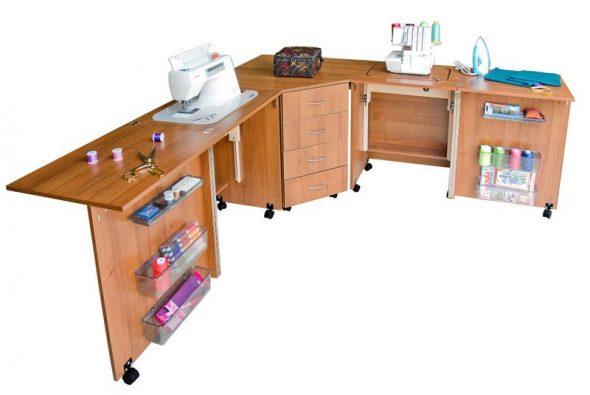 комфортный швейный стол