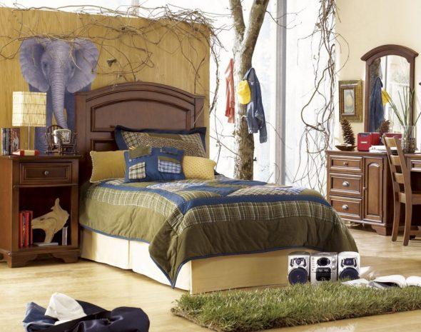 Красивая и удобная кровать для комнаты