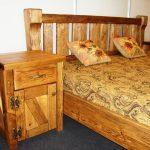 Кровать и тумба из дерева своими руками