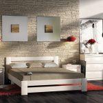 Кровать из беленого дуба для спальни в стиле лофт