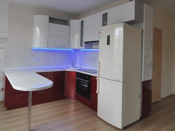 Кухонный гарнитур со светодиодной посветкой