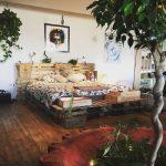 Летняя терасса с мебелью из поддонов