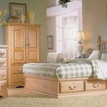 Мебель для спальни из дуба