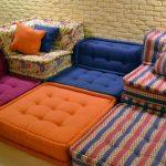 Мягкий уголок из мебельных подушек своими руками