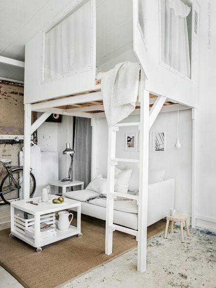 Необычная кровать-чердак для взрослых для стильной спальни