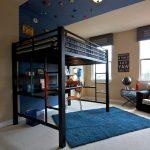 Необычная кровать для квартиры-студии