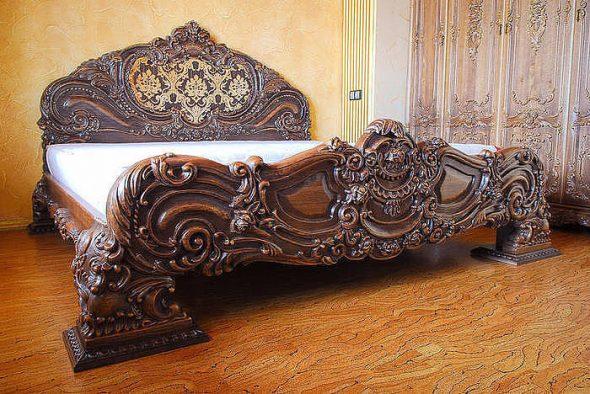 Оригинальная кровать в винтажном стиле
