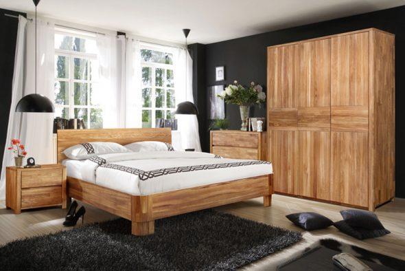 Оригинальная спальня из массива дерева