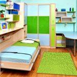 Откидная кровать для маленькой детской
