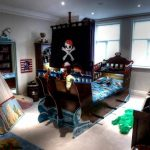 Пиратская детская со спальной, игровой и рабочей зонами