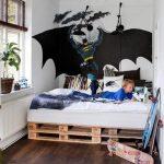 Подростковая кровать бетмен