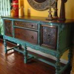 столик в античном стиле