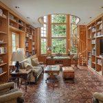 Шикарная гостиная-кабинет в винтажном стиле