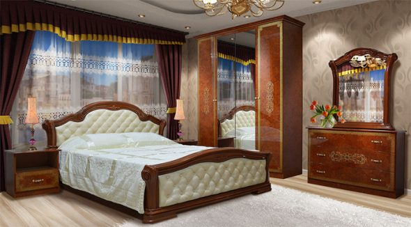 Шикарная спальня с деревянной мебелью