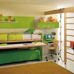 Современная кровать-трансформер с выдвижным столом