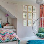 Спальня для девочки подростка на мансардном этаже