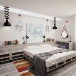 Спальня с мебелью из паллетов для творческих людей