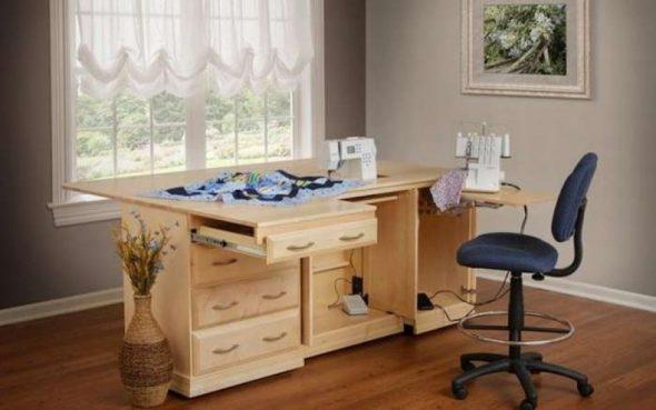 стол для швейной машинки и оверлока