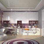 Удобная спальня в фиолетовых тонах с диваном-пуфиком