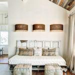 Уютное место на даче для гостей просто и недорого