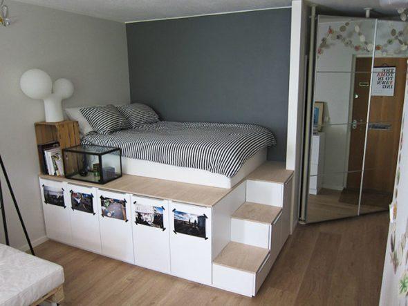 Высокая кровать со ступеньками